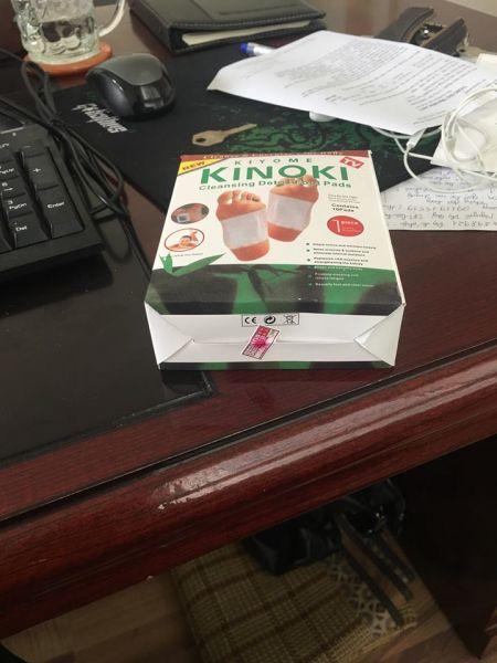 Một sản phẩm KINOKI giả trên thị trường