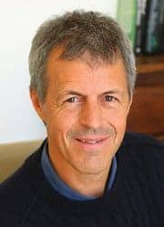 TS. Graeme Bradshaw – Người tạo ra Kinoki – Detox 100% Thảo Dược Thiên Nhiên